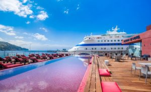 Pestana CR7 hotel-Funchal3