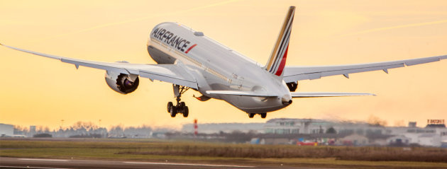 Air France Boeing 787's first commercial flight to Cairo