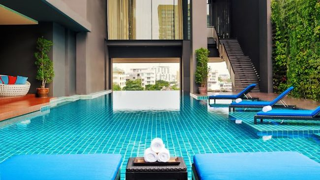 Pool at Mövenpick Residences Ekkamai Bangkok